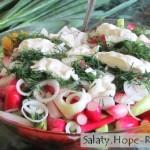 Салат с редиской огурцами и помидорами