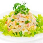 Рецепт салата с крабовыми палочками и шампиньонами