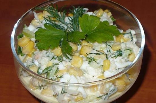 Салат кукуруза яйцо огурец