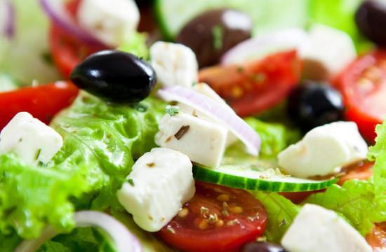 Как приготовить Греческий салат (рецепт и фотографии)
