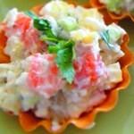 Салат с соленой семгой в тарталетках