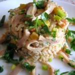 Салат с кальмарами креветками и кукурузой