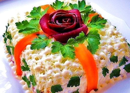 Салат с маринованными грибами Вдохновение