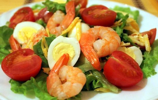 Салат с креветками и перепелиными яйцами рецепты