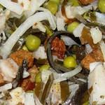 Салатик с селёдочкой и сухариками - закуочный