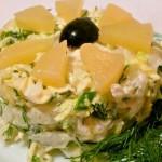 Новый салат с пекинской капустой, ананасом и курочкой