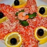 Вкусный праздничный салат Звезда с красной рыбой