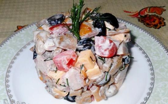 рецепт приготовления салатов с копченой курицей