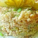 Сытный салат с перловкой и говядиной