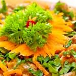 Сытный салат с тремя видами мяса