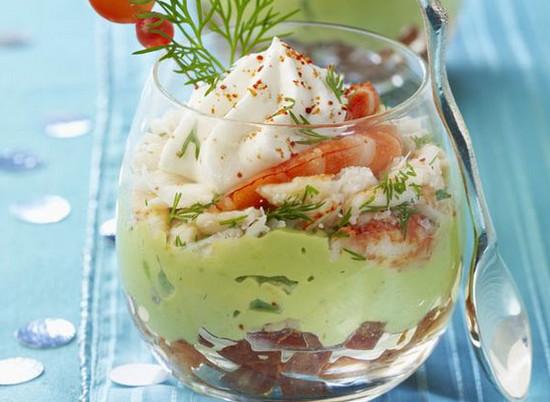 Салат с красной рыбой на праздничный стол