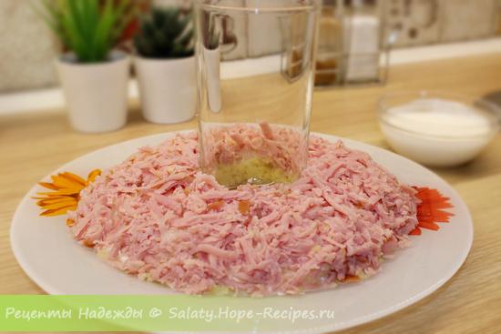 Как приготовить салат Гранатовый браслет пошагово